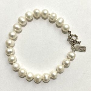 Freshwater Pearl Bracelet/Hand Knotted